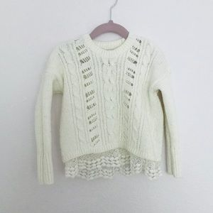 Cozy sweater in ivory